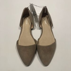 🦈 Old Navy taupe flats new 7